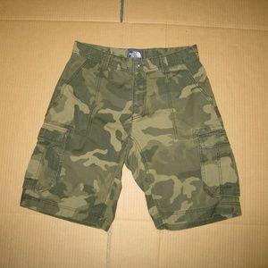 The North Face Men's Cargo Shorts       Camo